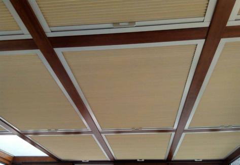 [别墅豪宅]阳光房顶部遮阳就选豪异蜂巢天棚帘