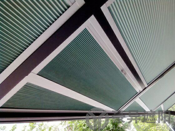 有了这些遮阳解决方案,再也不用为阳光房温度高而发愁了!